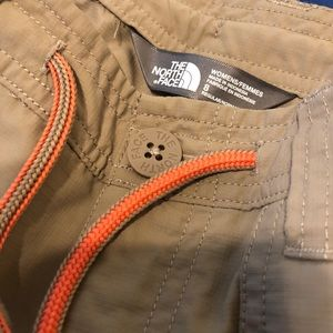 The North Face - Women's convertible pant 8